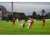 A Milli Kadın Futbol Takımı, Rusya'ya 2-1 mağlup oldu