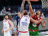 Basketbol Süper Ligi: Anadolu Efes: 74 - Pınar Karşıyaka: 61