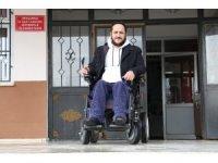 Hem azimli, hem vefalı Mahmut öğretmenden büyük fedakarlık