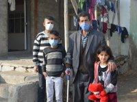 Engelli baba, fedakarlıklarıyla 6 çocuğunu yurtlardan almayı başardı