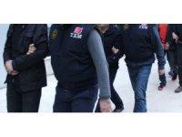 İzmir merkezli 6 ildeki FETÖ operasyonunda 7 eski polis tutuklandı