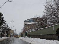 Ağrı'da kar hayatı olumsuz etkiledi