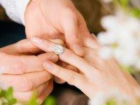 Ağrı'da evlenen de az boşanan da!
