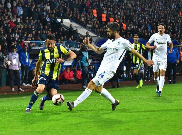 Spor Toto Süper Lig: BB Erzurumspor: 0 - Fenerbahçe: 0 (İlk yarı)