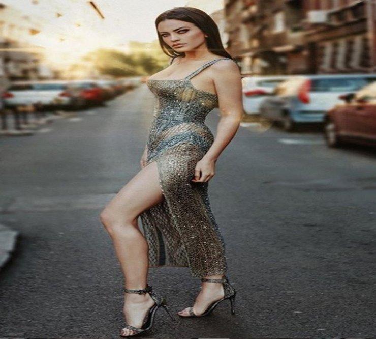 Sırp popstar Alanya'da