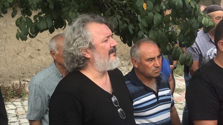 Ünlü yönetmen Saçıntı'nın babası son yolculuğuna uğurlandı