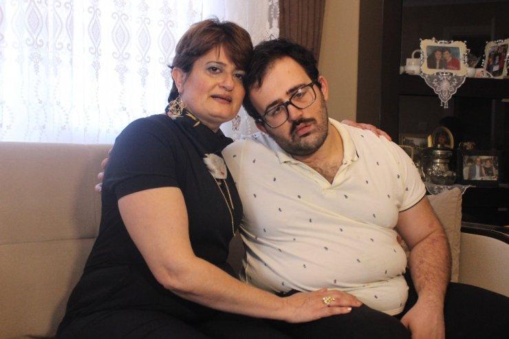 18 yıldır görmediği eşinden boşanamıyor