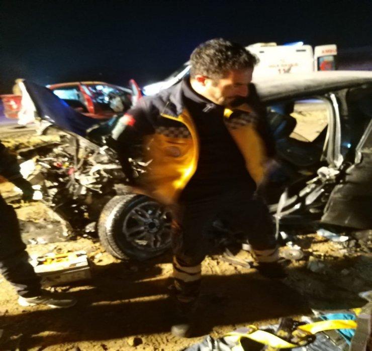 Ağrı'da feci kaza: 4 ölü