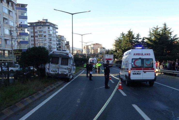 Trabzon'da feci kaza: 2 ölü, 20 yaralı