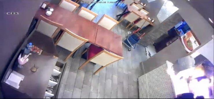 Kebapçıda fırın patladı, iş yeri sahibi ağır yaralandı: O anlar kamerada