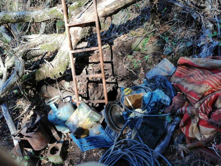 Hatay'da PKK'lı teröristlerin sığınak ve depoları bulundu