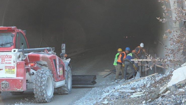 Ege'nin dev projesi 'Honaz Tüneli'nde sona yaklaşıldı