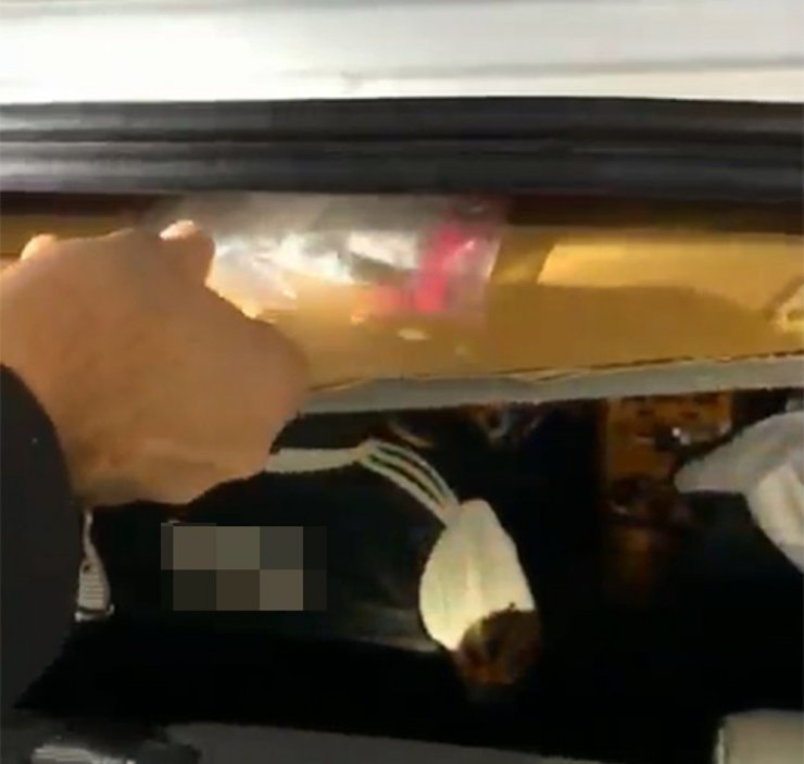 Otomobil tavanında uyuşturucu