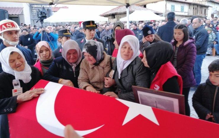 Şehit Uzman Onbaşı Ahmet Tunç son yolculuğuna uğurlandı