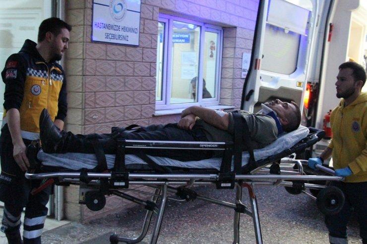 Manisa'da yağmur kazaları beraberinde getirdi: 1'i ağır 3 yaralı