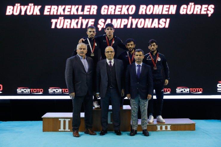Türkiye Grekoromen Güreş Şampiyonası devam ediyor