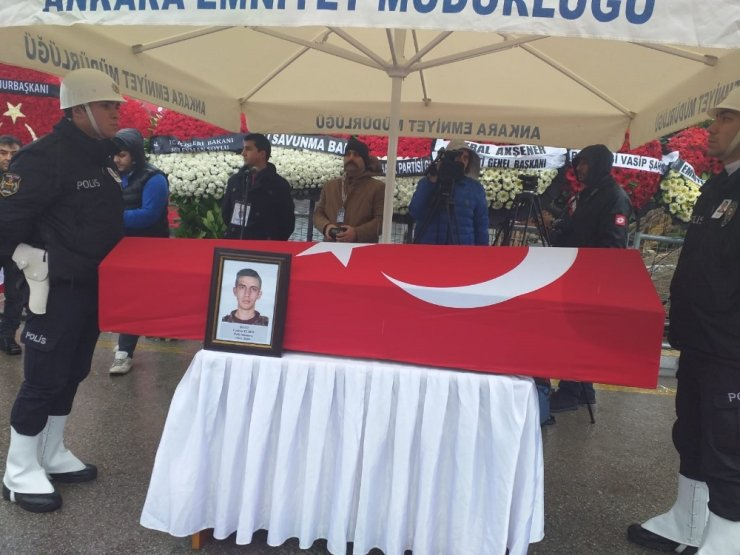 Şehit Özel Harekat polisi Coşkun Elber son yolculuğuna uğurlandı