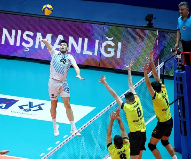 Halkbank final grubunda